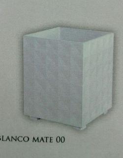 Maceta cuadrada diamante 50 cm.