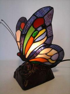 Lampara mariposa estilo Tiffany morado