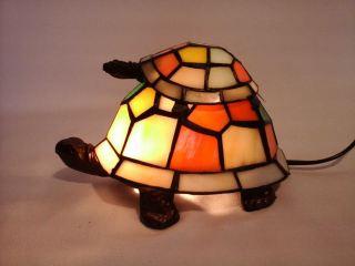 Lámpara tortuga con cría estilo Tiffany
